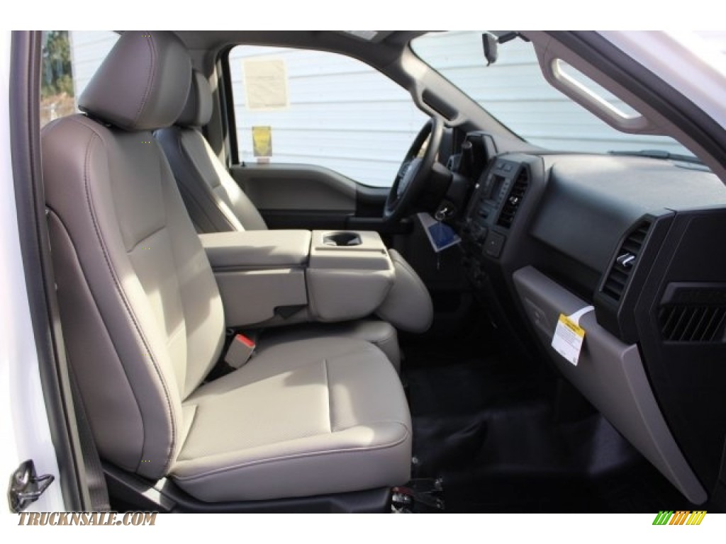 2018 F150 XL Regular Cab - Oxford White / Earth Gray photo #23