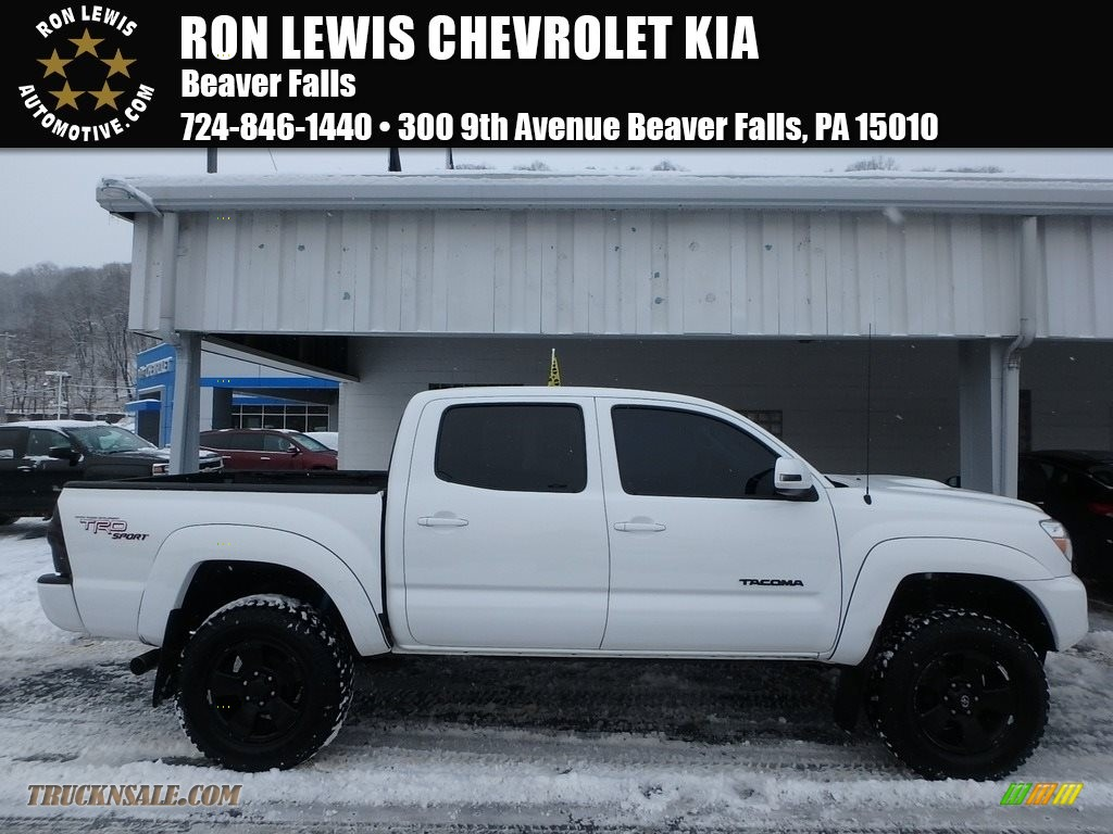 2013 Tacoma V6 TRD Double Cab 4x4 - Super White / Graphite photo #1