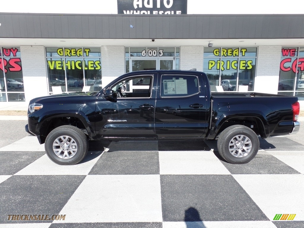 2017 Tacoma SR5 Double Cab 4x4 - Black / TRD Graphite photo #1