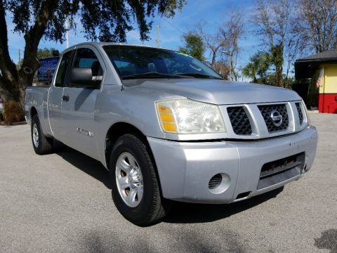 Radiant Silver 2005 Nissan Titan LE King Cab