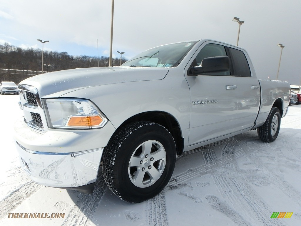 2011 Ram 1500 SLT Quad Cab 4x4 - Bright Silver Metallic / Dark Slate Gray/Medium Graystone photo #1