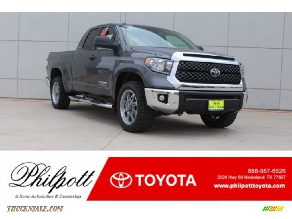 2018 Tundra TSS Double Cab - Magnetic Gray Metallic / Black photo #1