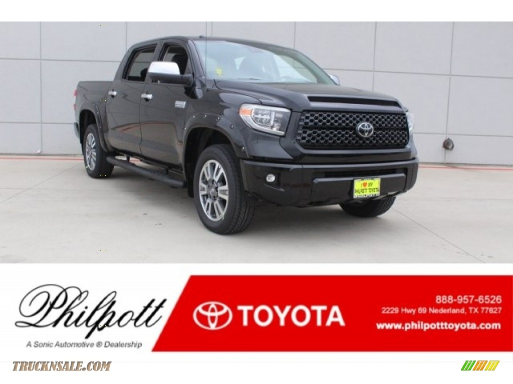 2018 Tundra Platinum CrewMax 4x4 - Midnight Black Metallic / Black photo #1