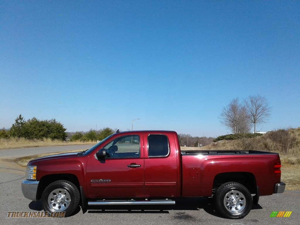 2013 Silverado 1500 LS Extended Cab - Victory Red / Dark Titanium photo #1