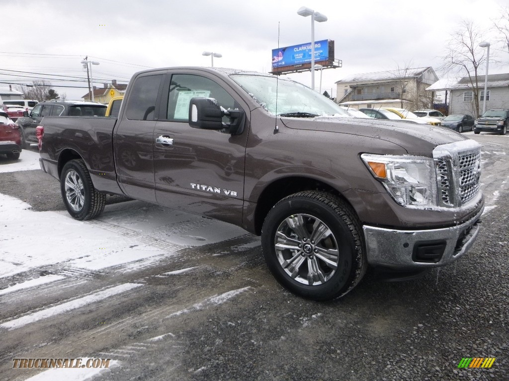 2018 Titan SV King Cab 4x4 - Java Metallic / Beige photo #1