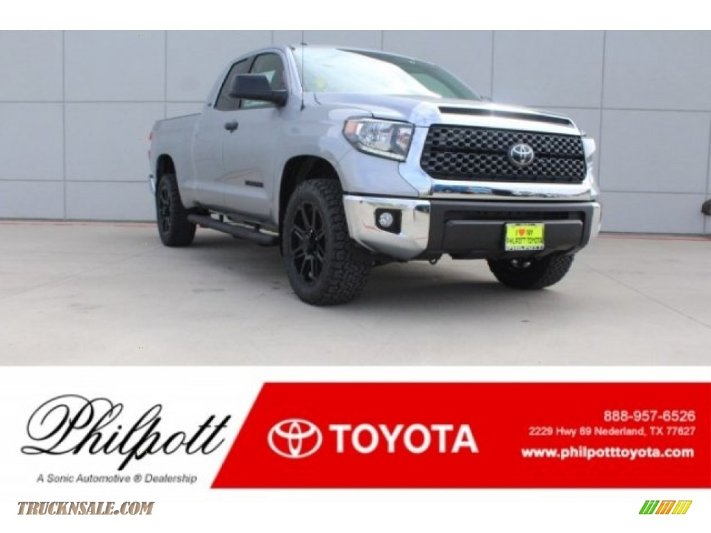 2018 Tundra TSS Double Cab - Silver Sky Metallic / Black photo #1