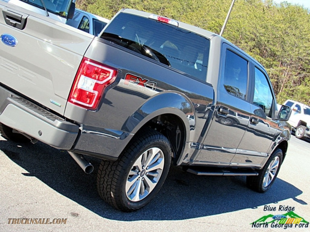 2018 F150 STX SuperCrew 4x4 - Lead Foot / Earth Gray photo #31