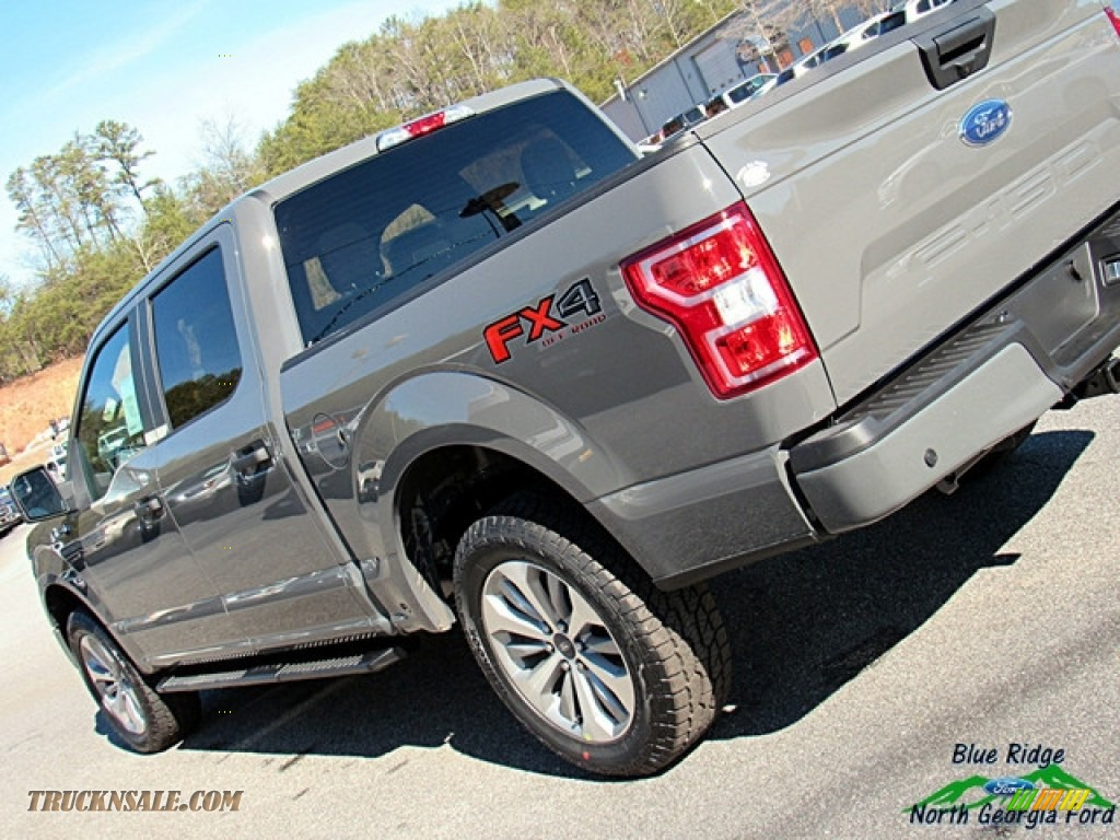 2018 F150 STX SuperCrew 4x4 - Lead Foot / Earth Gray photo #32