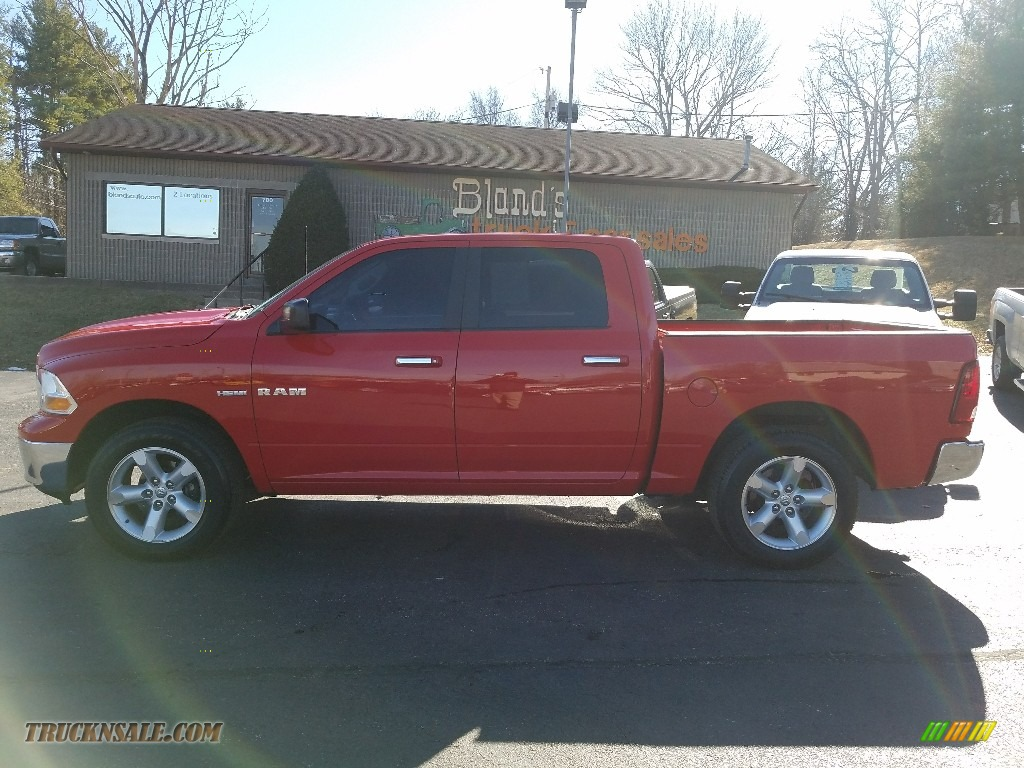 2009 Ram 1500 SLT Crew Cab 4x4 - Flame Red / Dark Slate/Medium Graystone photo #1