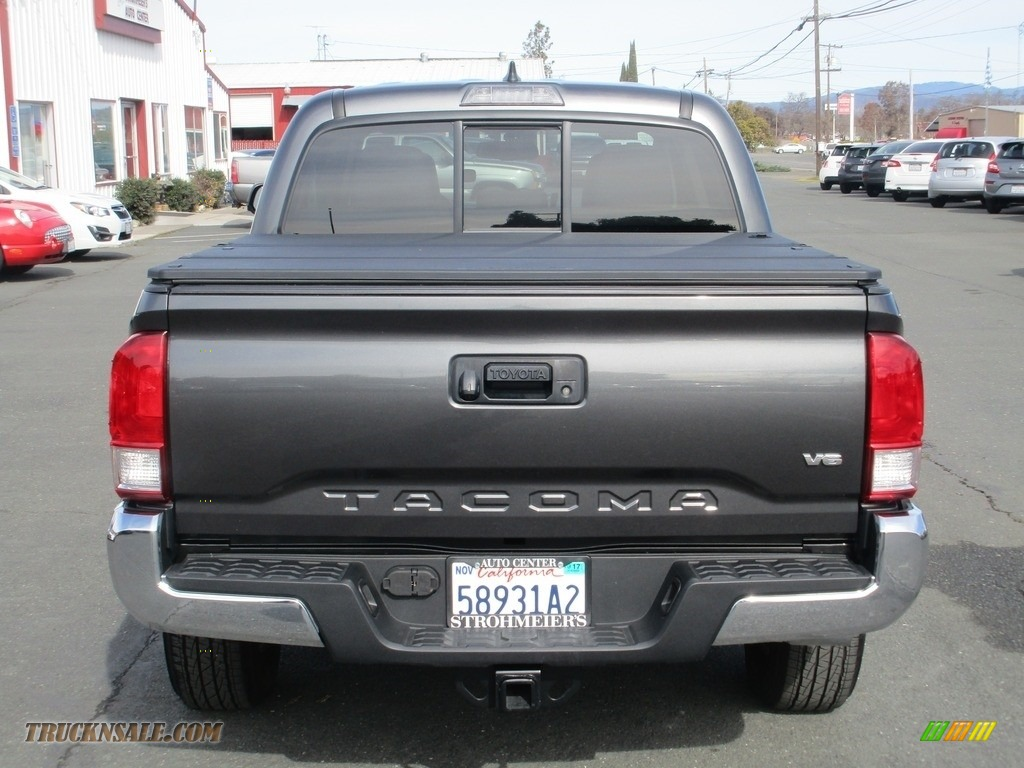 2017 Tacoma SR5 Double Cab - Magnetic Gray Metallic / Cement Gray photo #6