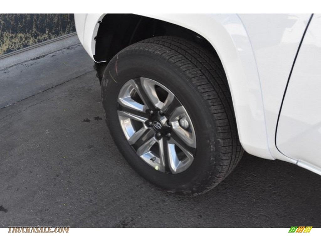 2018 Tacoma Limited Double Cab 4x4 - Super White / Black photo #32