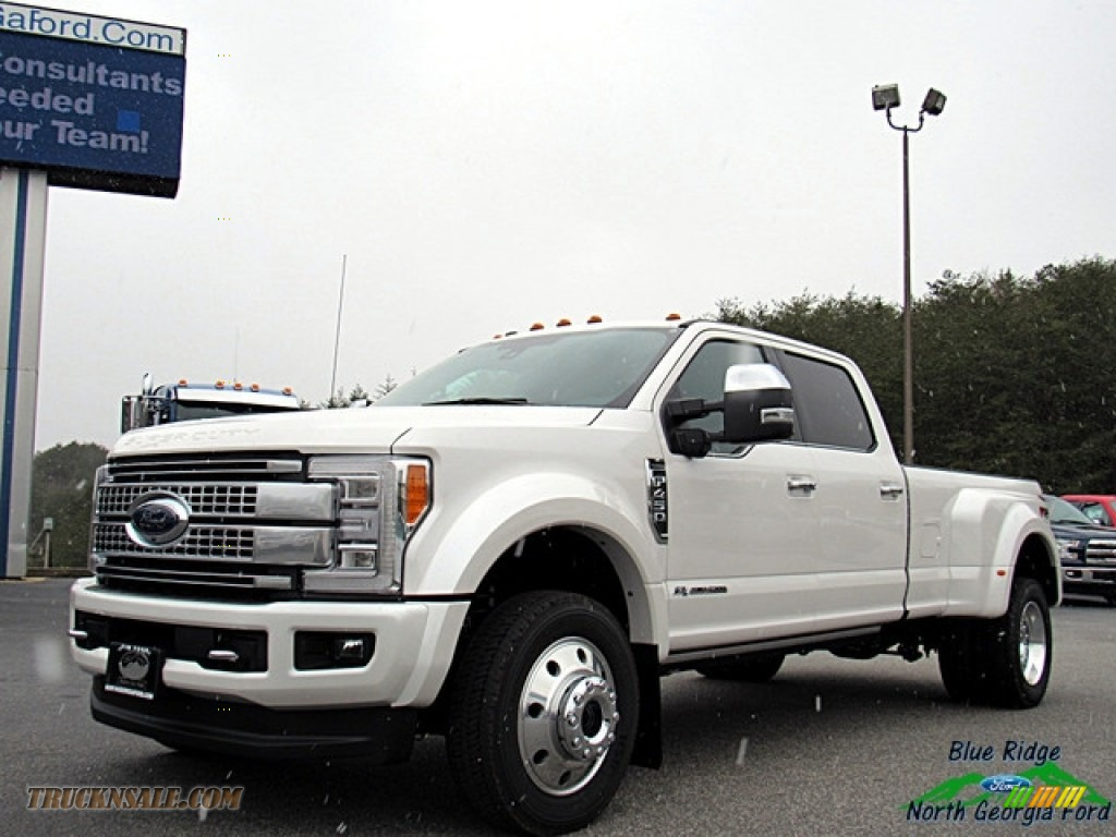 White Platinum / Black Ford F450 Super Duty Platinum Crew Cab 4x4