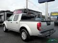 Nissan Frontier SV Crew Cab 4x4 Brilliant Silver photo #3