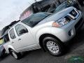 Nissan Frontier SV Crew Cab 4x4 Brilliant Silver photo #31