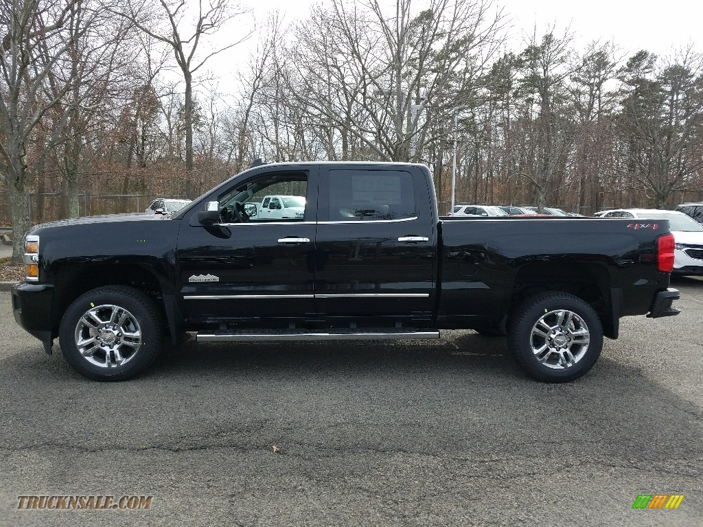 2018 Silverado 2500HD High Country Crew Cab 4x4 - Black / High Country Jet Black/Medium Ash photo #3