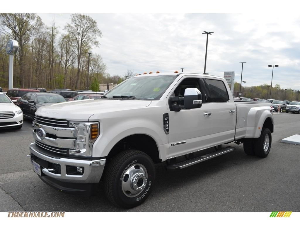 2018 F350 Super Duty Lariat Crew Cab 4x4 - White Platinum / Camel photo #4