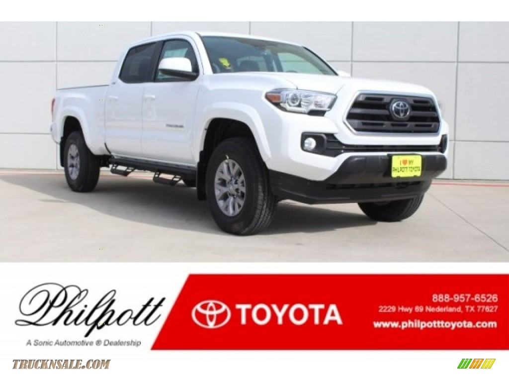 2018 Tacoma SR5 Double Cab - Super White / Cement Gray photo #1