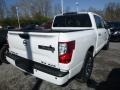 Nissan Titan SV Crew Cab 4x4 Glacier White photo #4