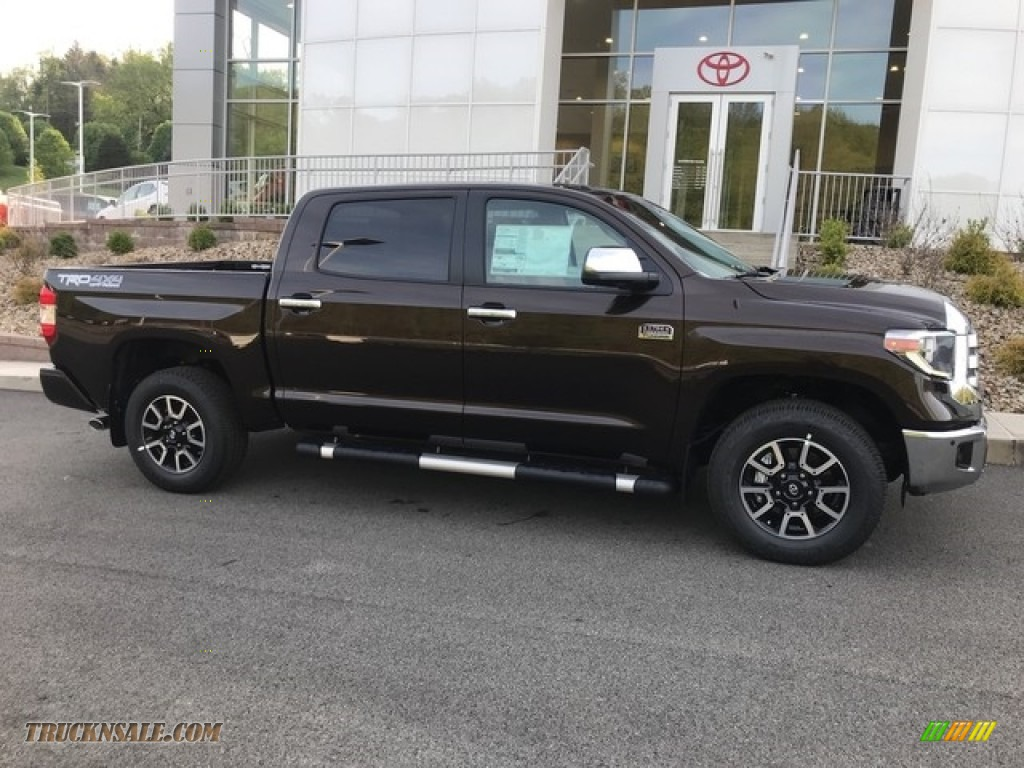 2018 Tundra 1794 Edition CrewMax 4x4 - Smoked Mesquite / 1794 Edition Black/Brown photo #2