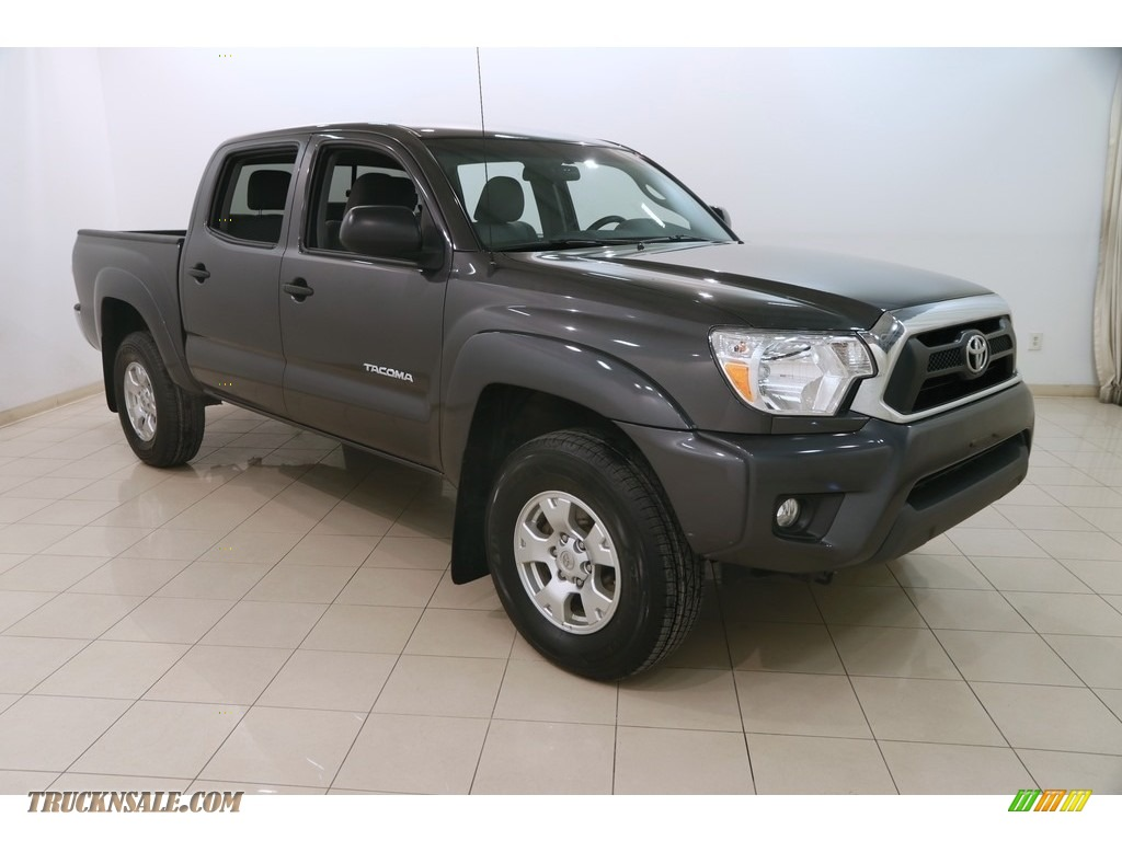 2015 Tacoma V6 Double Cab 4x4 - Magnetic Gray Metallic / Graphite photo #1