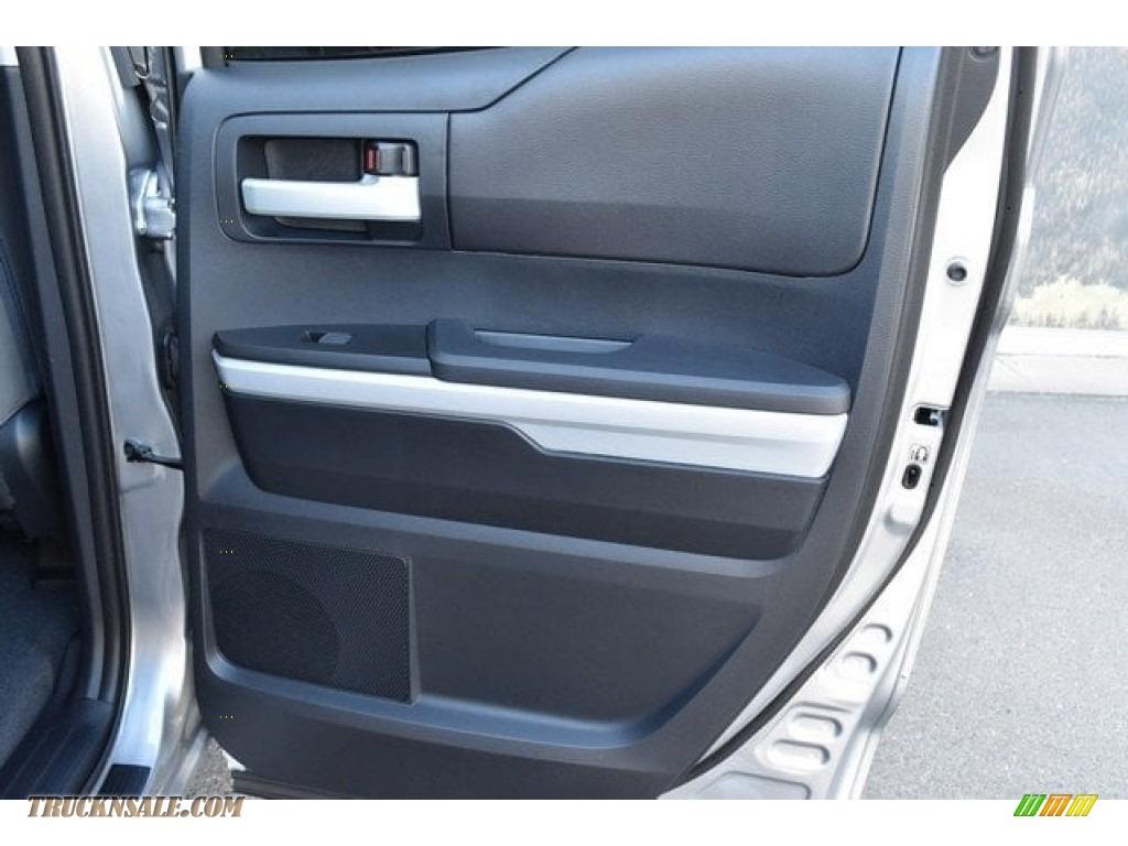 2018 Tundra SR5 Double Cab 4x4 - Silver Sky Metallic / Graphite photo #22