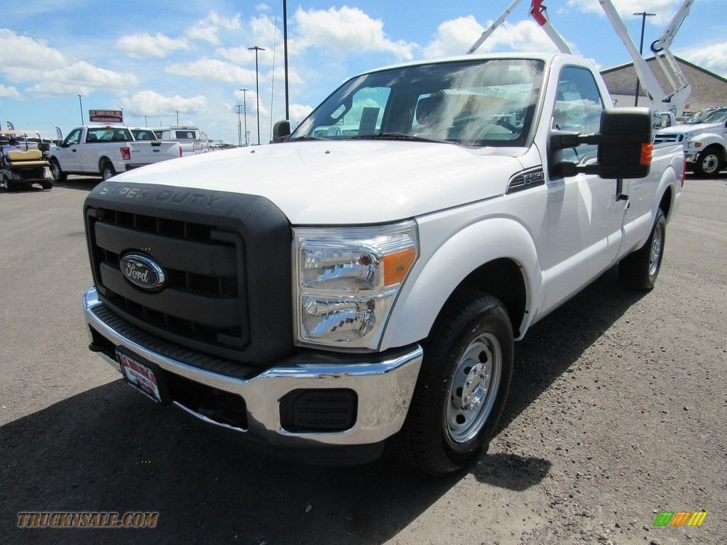 2012 F250 Super Duty XL Regular Cab - Oxford White / Steel photo #1