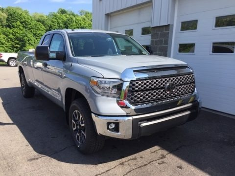 Cement 2018 Toyota Tundra SR5 Double Cab 4x4