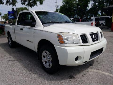 White 2006 Nissan Titan XE King Cab