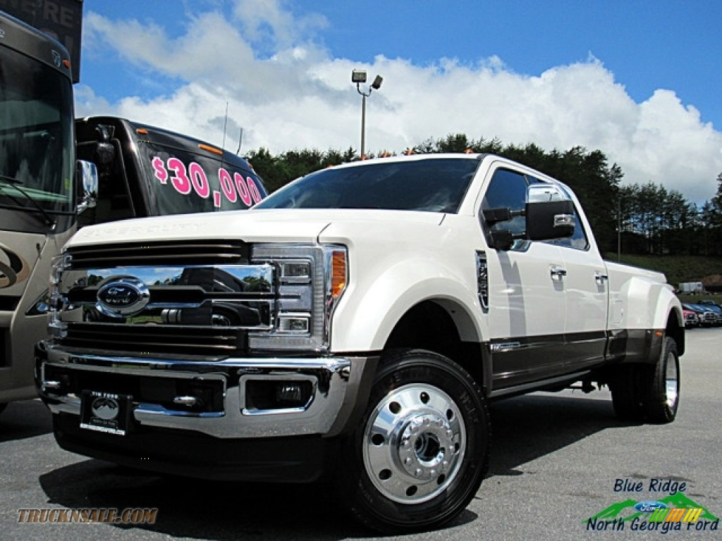2018 F450 Super Duty King Ranch Crew Cab 4x4 - White Platinum / King Ranch Java photo #1