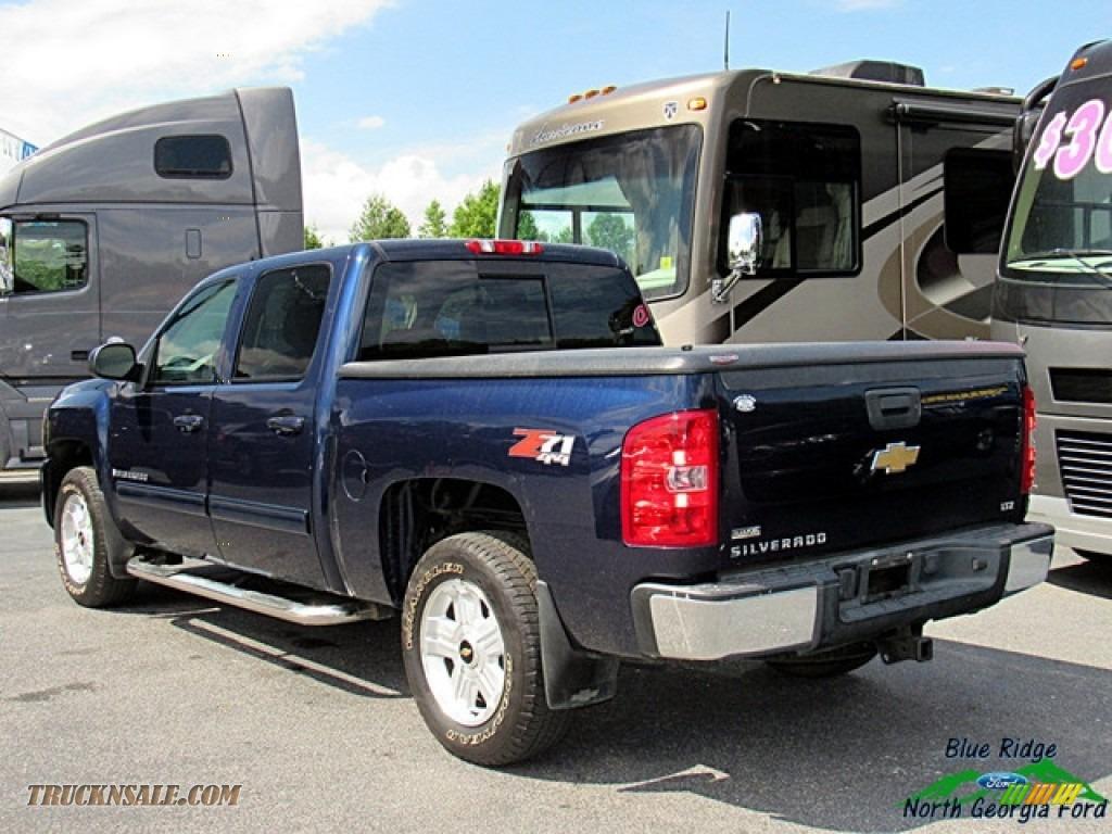 2009 Silverado 1500 LTZ Crew Cab 4x4 - Blue Granite Metallic / Light Titanium photo #3