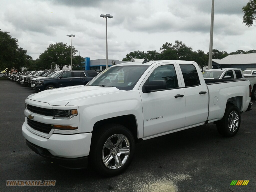 2018 Silverado 1500 Custom Double Cab - Summit White / Dark Ash/Jet Black photo #1