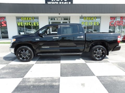 Midnight Black Metallic 2017 Toyota Tundra Limited CrewMax 4x4
