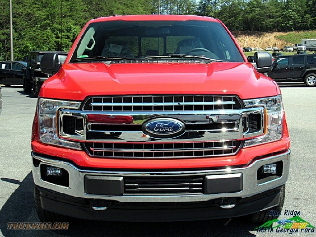 2018 F150 XLT SuperCrew 4x4 - Race Red / Earth Gray photo #8