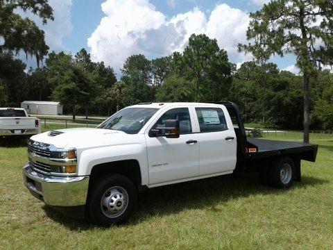 Summit White 2018 Chevrolet Silverado 3500HD Work Truck Crew Cab 4x4 Chassis