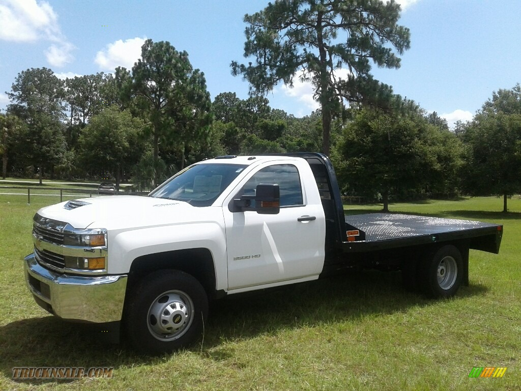 Summit White / Dark Ash/Jet Black Chevrolet Silverado 3500HD Work Truck Regular Cab 4x4 Stake Truck