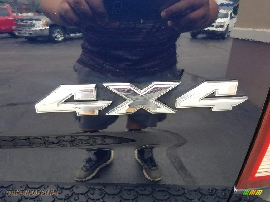 2012 Ram 1500 ST Regular Cab 4x4 - True Blue Pearl / Dark Slate Gray/Medium Graystone photo #32
