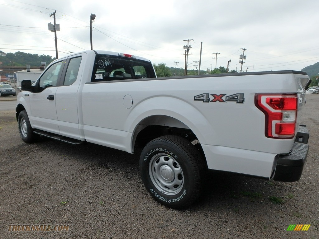 2018 F150 XL SuperCab 4x4 - Oxford White / Earth Gray photo #6