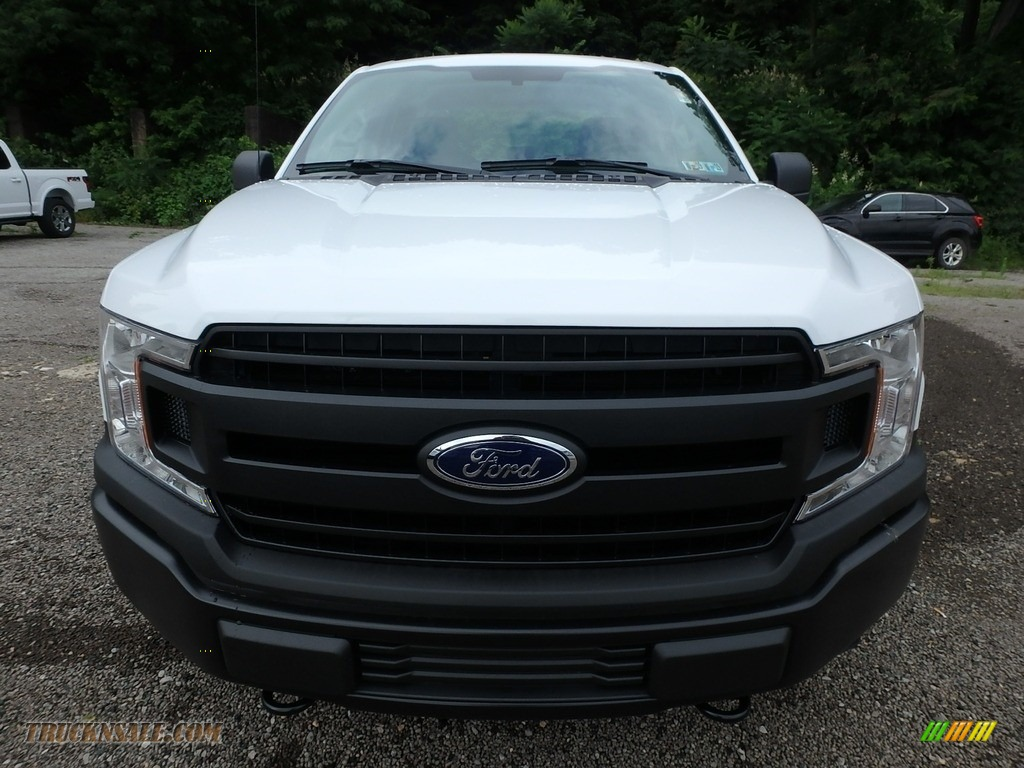 2018 F150 XL SuperCab 4x4 - Oxford White / Earth Gray photo #9