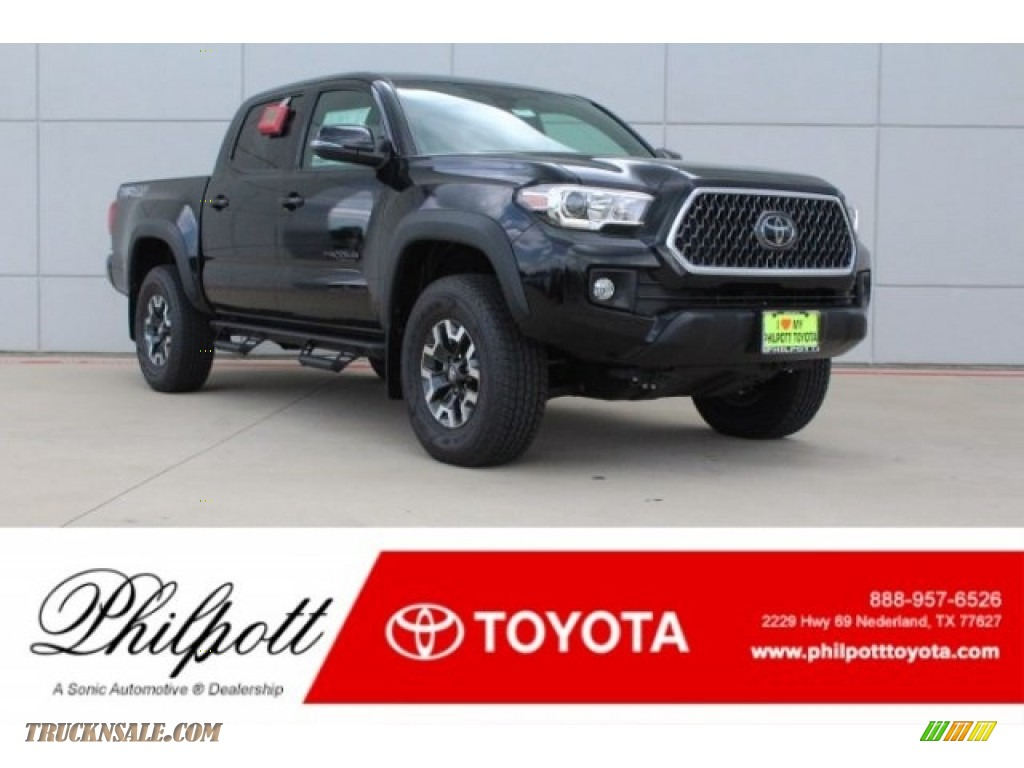 Midnight Black Metallic / Graphite w/Gun Metal Toyota Tacoma TRD Off Road Double Cab 4x4