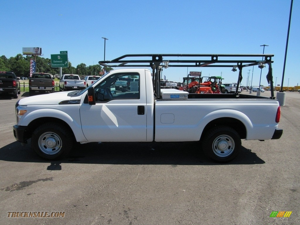 2015 F250 Super Duty XL Regular Cab - Oxford White / Steel photo #2