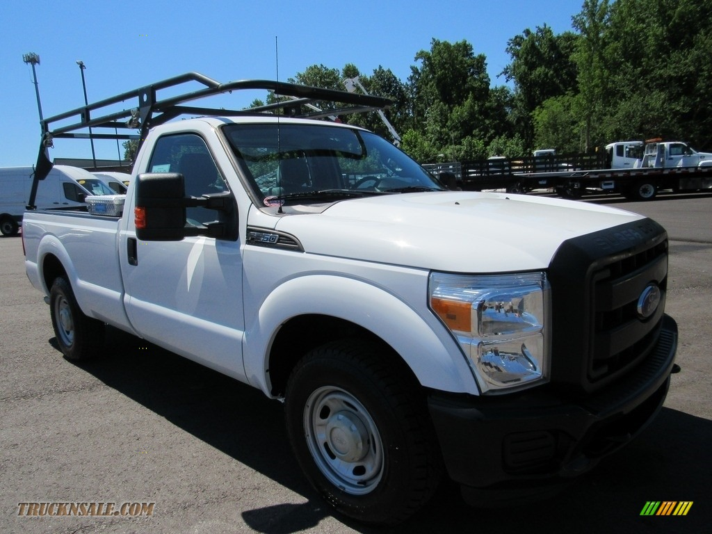 2015 F250 Super Duty XL Regular Cab - Oxford White / Steel photo #7