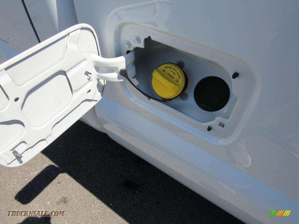 2015 F250 Super Duty XL Regular Cab - Oxford White / Steel photo #12