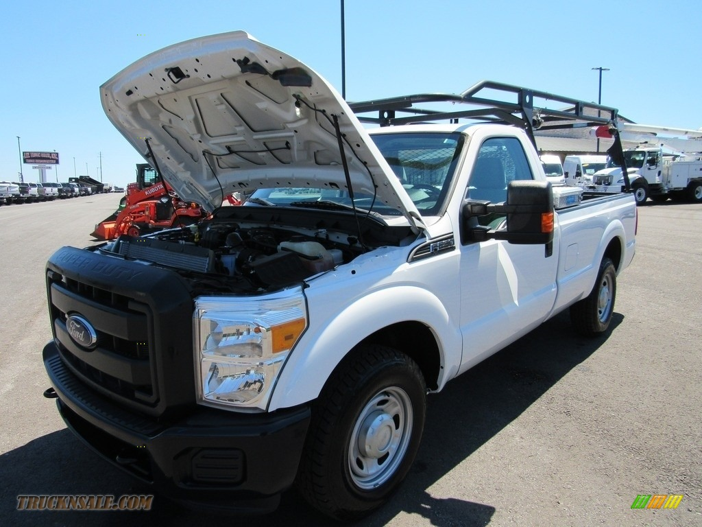 2015 F250 Super Duty XL Regular Cab - Oxford White / Steel photo #40