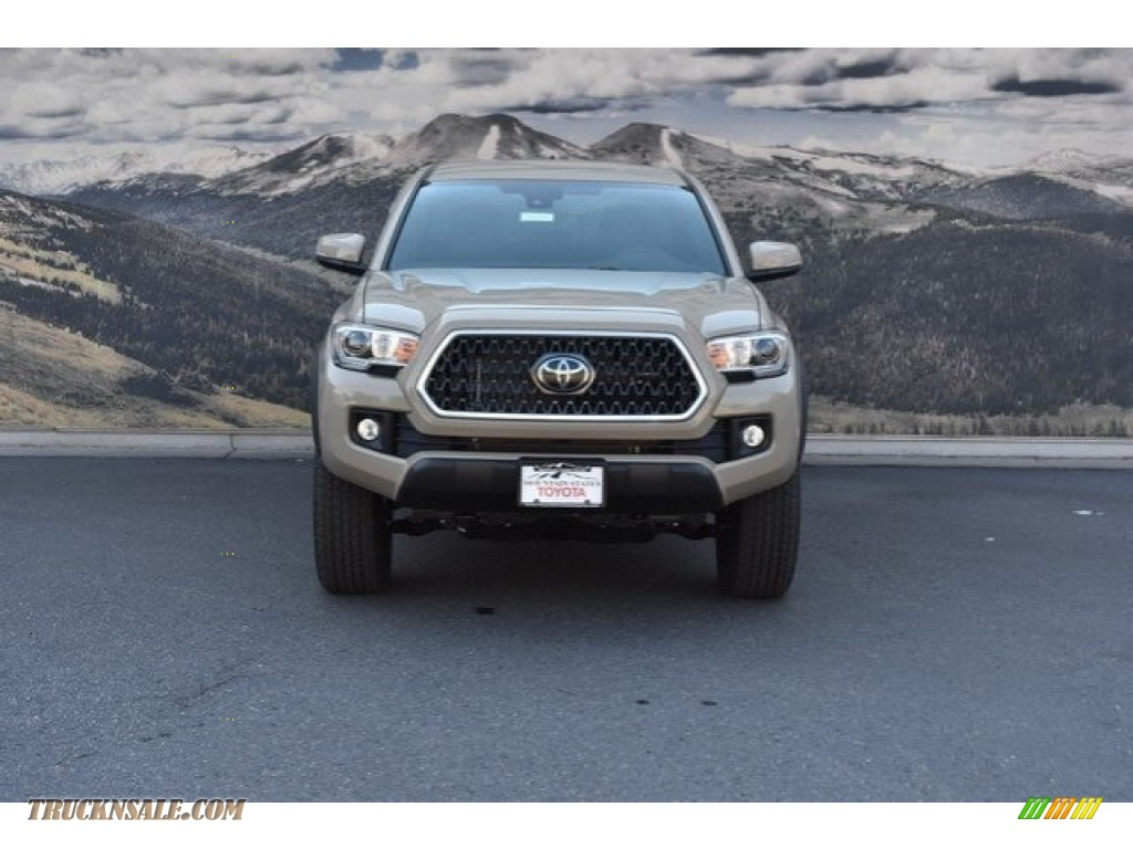2018 Tacoma TRD Off Road Double Cab 4x4 - Quicksand / Cement Gray photo #2