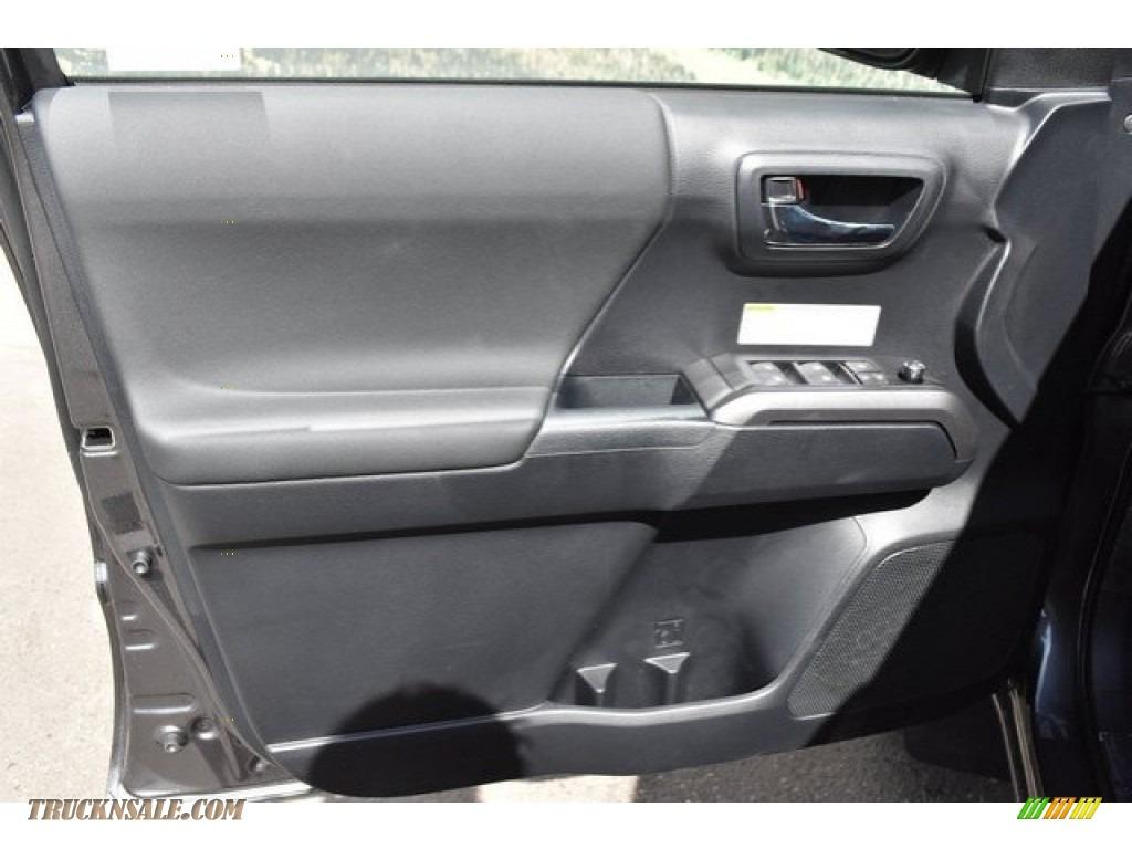 2018 Tacoma TRD Off Road Double Cab 4x4 - Magnetic Gray Metallic / Graphite w/Gun Metal photo #20