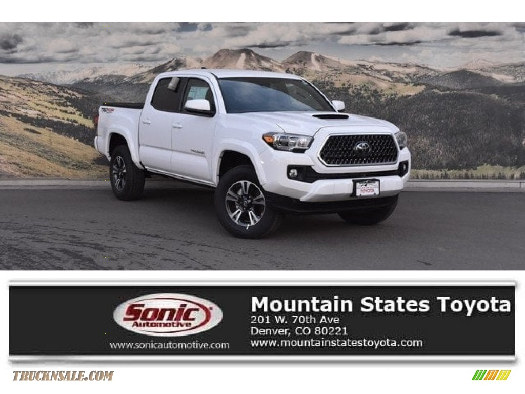 2018 Tacoma TRD Sport Double Cab 4x4 - Super White / Cement Gray photo #1