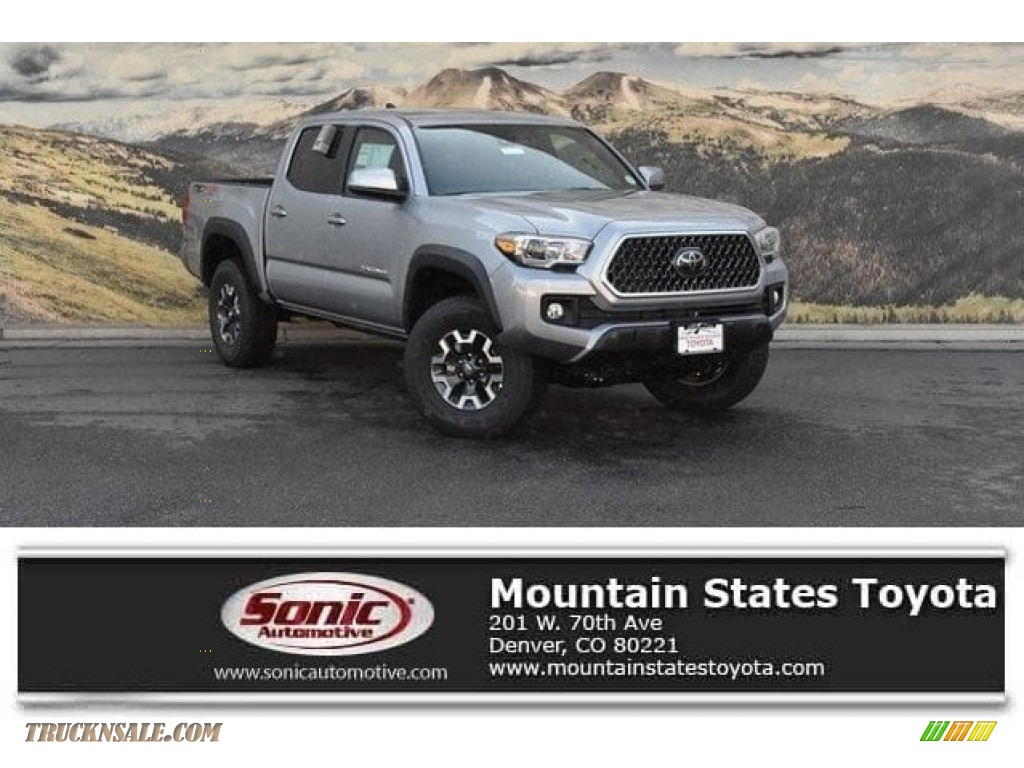 2018 Tacoma TRD Off Road Double Cab 4x4 - Silver Sky Metallic / Cement Gray photo #1