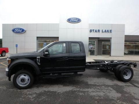 Black 2019 Ford F550 Super Duty XL SuperCab 4x4 Chassis