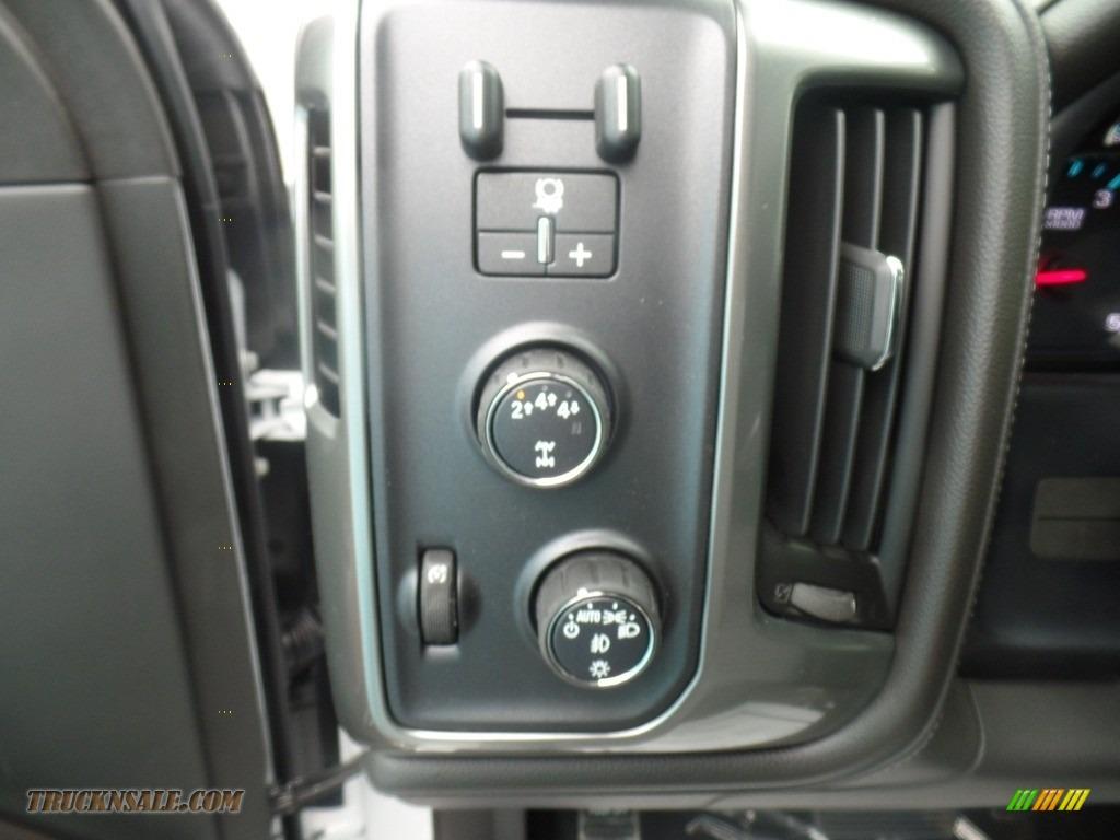 2019 Silverado 3500HD LTZ Crew Cab 4x4 Dual Rear Wheel - Summit White / Dark Ash/Jet Black photo #26