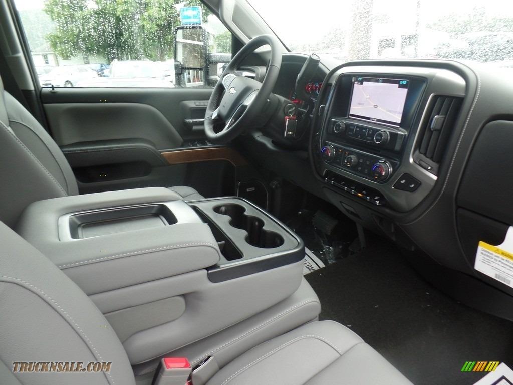 2019 Silverado 3500HD LTZ Crew Cab 4x4 Dual Rear Wheel - Summit White / Dark Ash/Jet Black photo #51